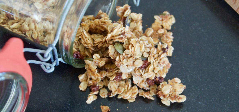 glutenfreies Granola aus dem Ofen
