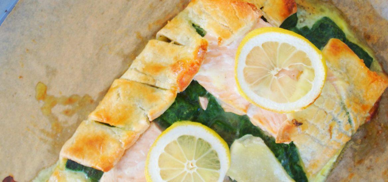 glutenfreie Blätterteigtaschen mit Lachs und Spinat