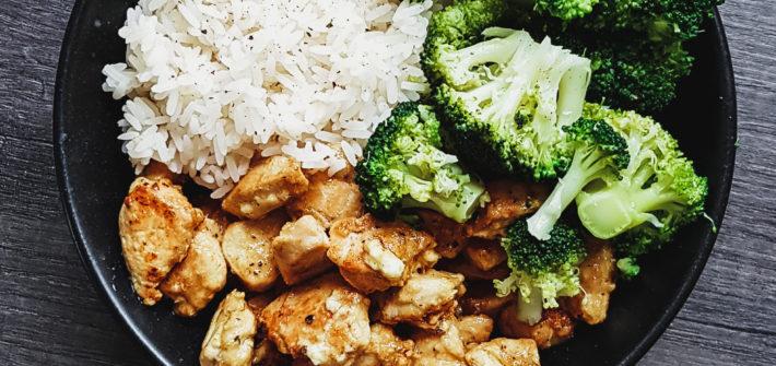 Glutenfreies Curry mit Hühnchen und Gemüse