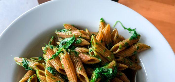 Veganes Rucola-Pesto